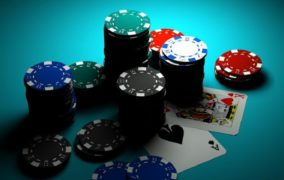 Why Youths love playing Slot Games Online?