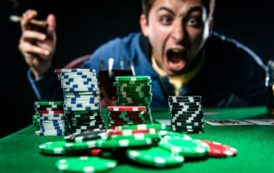 How You Can Become Rich Through Online Gambling